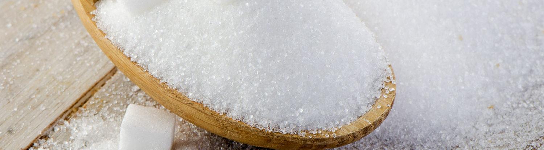 Zucker und unreine Haut stehen in Verbindung. Vermeide Zucker für reine Haut.
