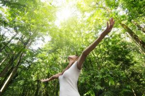 Frische, saubere Luft ist eine wichtige Voraussetzung für reine Haut.