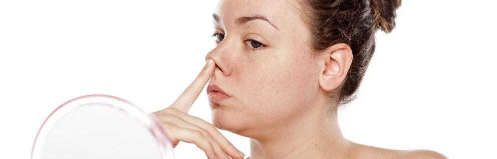 Pickel in der Nase tun richtig weh.
